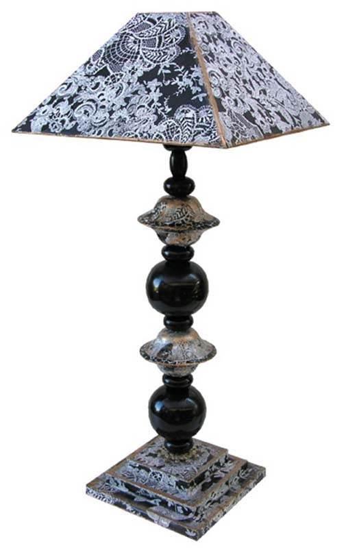 lampe contemporaine chanel avec son abat jour. Black Bedroom Furniture Sets. Home Design Ideas
